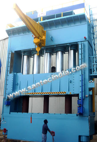 Hydraulic Press - 2500 Tons Capacity